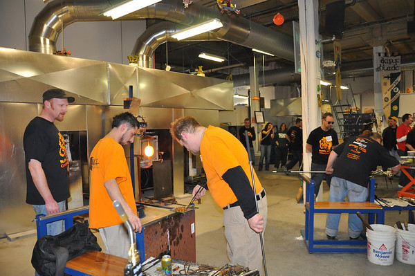 2011 BATTLE OF THE GLASS BLOWERS 4-1