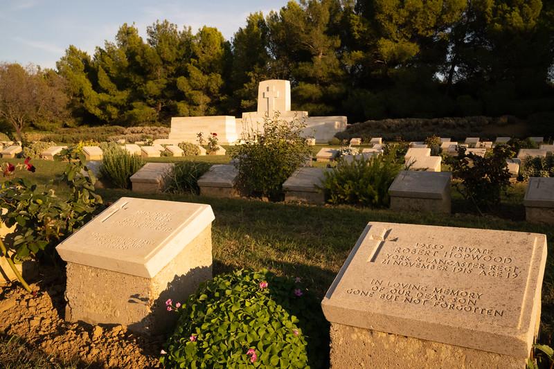 Hill 10 Cemetery