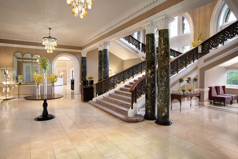 Waldorf Astoria Edinburgh - Lobby / Staircase