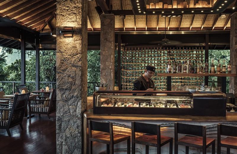 Zez Lounge Sushi Bar