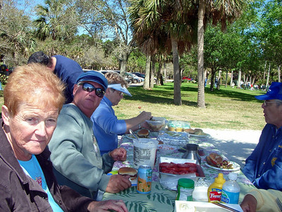 howard park, flordia picnic april  2007