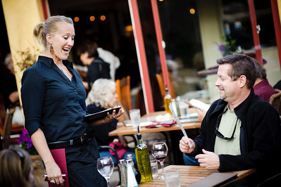 9350-d700_Cafe_Cruz_Staff_etc_Soquel_Restaurant_Photography