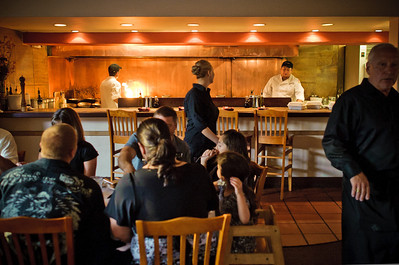 9364-d3_Cafe_Cruz_Staff_etc_Soquel_Restaurant_Photography