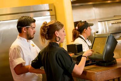 1842_d800b_Kiantis_Santa_Cruz_Restaurant_Photography