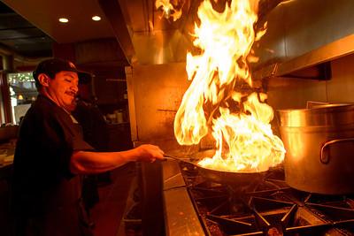 7414_d800a_Kiantis_Santa_Cruz_Restaurant_Photography