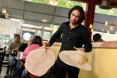 1436_d800b_Kiantis_Santa_Cruz_Restaurant_Photography