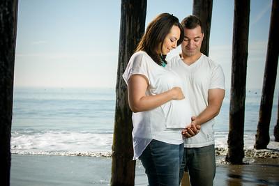9126_d800_Casandra_and_Roland_Capitola_Beach_Maternity_Photography
