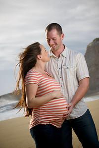 4797_d800_Katie_and_Tyler_Panther_Beach_Santa_Cruz_Maternity_Photography