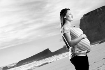 4788_d800_Katie_and_Tyler_Panther_Beach_Santa_Cruz_Maternity_Photography