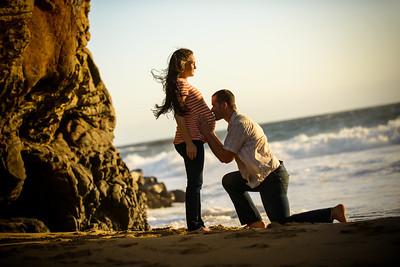 4833_d800_Katie_and_Tyler_Panther_Beach_Santa_Cruz_Maternity_Photography