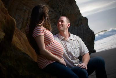 4812_d800_Katie_and_Tyler_Panther_Beach_Santa_Cruz_Maternity_Photography