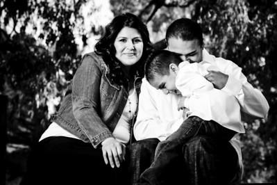 0731-d3_Lupe_Natural_Bridges_Santa_Cruz_Maternity_Family_Photography