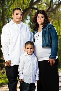 0715-d3_Lupe_Natural_Bridges_Santa_Cruz_Maternity_Family_Photography