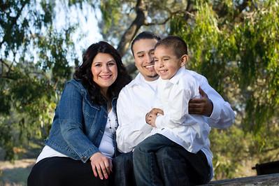 0730-d3_Lupe_Natural_Bridges_Santa_Cruz_Maternity_Family_Photography