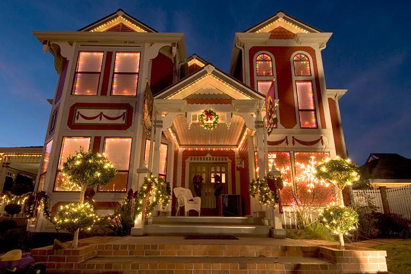Fremont Victorian Christmas Lights