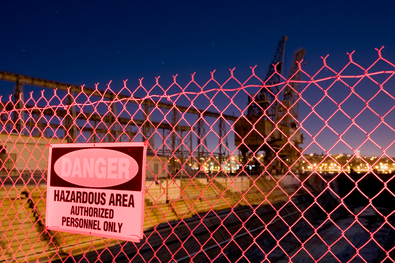 Danger! <br /> <br /> Mare Island - Nocturnes Workshop