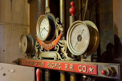 Steam Gauges  Gauges on the Eureka.