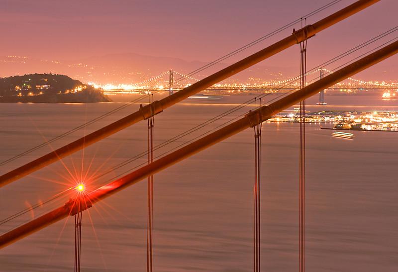 Night Light<br /> <br /> Golden Gate Bridge, San Francisco, CA
