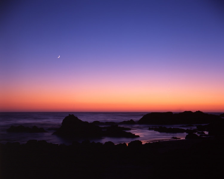 Moonrise over the Pacific