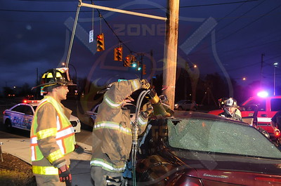 Bay Shore F.D. MVA w/ Entrapment  Spur Drive South and Fifth Ave. 4/29/14