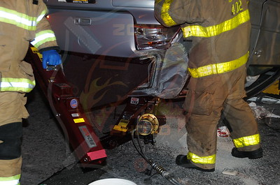 Bay Shore F.D. MVA w/ Overutrn, Partial Ejection and Medevac Northbound Sagtikos Pkwy. I/V/O the Southern State Pkwy. 7/12/13