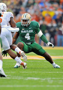 03 Dec 2011:   Baylor Bears linebacker Elliot Coffey (4) in action during the game between the Texas Longhorns and the Baylor Bears at Floyd Casey Stadium in Waco Texas. Baylor wins 48-24 Manny Flores/CSM(Credit Image: © Manny Flores/Cal Sport Media/ZUMAPRESS.com)