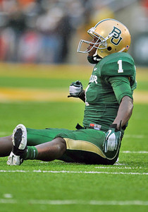 03 Dec 2011:   Baylor Bears wide receiver Kendall Wright (1) thumps his chest after making a first down during the game between the Texas Longhorns and the Baylor Bears at Floyd Casey Stadium in Waco Texas. Baylor wins 48-24 Manny Flores/CSM(Credit Image: © Manny Flores/Cal Sport Media/ZUMAPRESS.com)