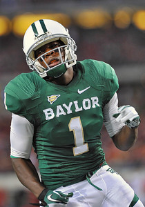 26 Nov 2011:   Baylor Bears wide receiver Kendall Wright (1) catches a pass for a touchdown during the first half during the game between Texas Tech Red Raiders and the Baylor Bears at Cowboy Stadium in Arlington Texas. Baylor wins 66-42. Manny Flores/CSM(Credit Image: © Manny Flores/Cal Sport Media/ZUMAPRESS.com)