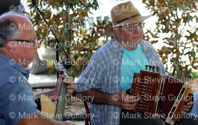 Music Jam, Bayou Teche Brew, Arnaudville, Louisiana 08052018 059