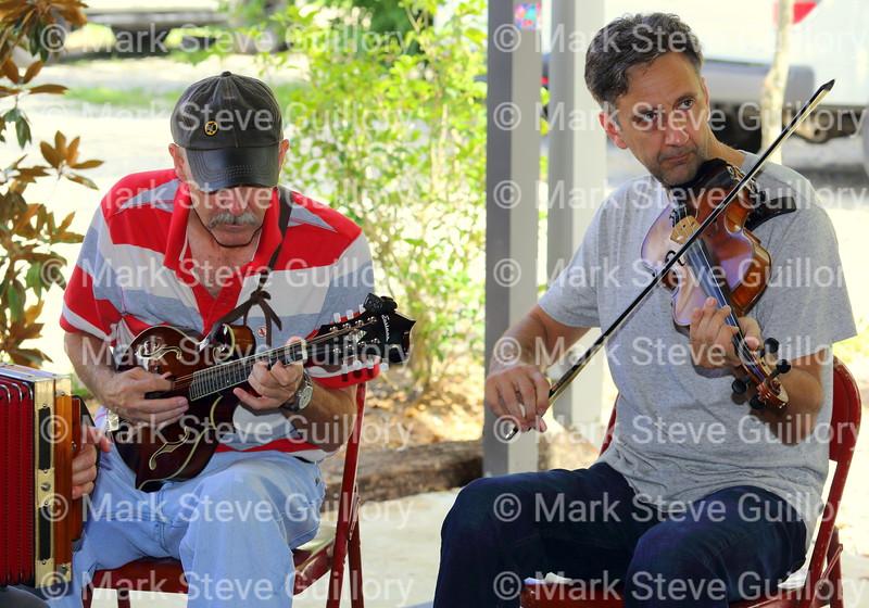 Music Jam, Bayou Teche Brew, Arnaudville, Louisiana 08052018 057