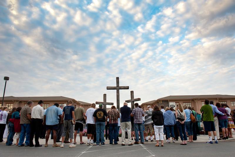 Week of Waiting on God morning prayer at the cross