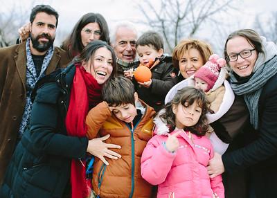 Bea, Manu y familia