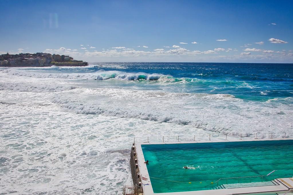 Bondi Beach - Icebergs 001