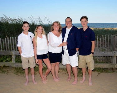 Makoski Family Beach Portraits July 6, 2017