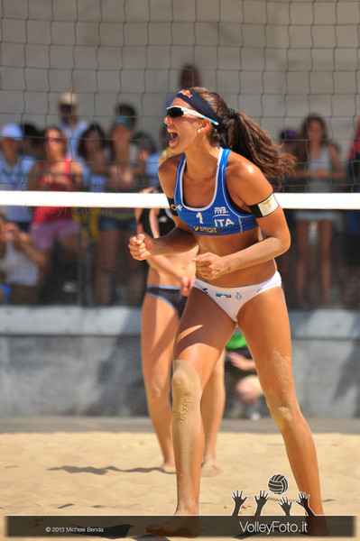 Marta Menegatti ITA esulta > FIVB Beach Volleyball World Tour | Grand Slam Roma 2013