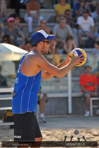 Daniele Lupo in battuta > FIVB Beach Volleyball World Tour | Rome Grand Slam 2013