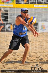 ricezione di Daniele Lupo > FIVB Beach Volleyball World Tour | Rome Grand Slam 2013