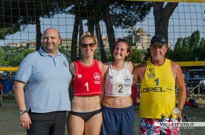 """Seconde Classificate: Serena Ubertini - Francesca Valentini - Torneo Beach Volley dell'Umbria 2013, """"La Marangola Sports Beach"""" Castiglione del Lago PG"""