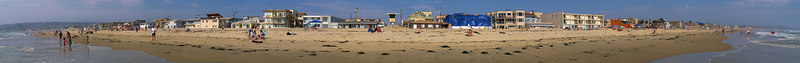 North Pacific Beach to North Mission 6-25-2006<br /> This is a series of 18 panoramas from north to south.<br /> Were you there? Do you see yourself?<br /> <br /> 18 of 18 North to South<br /> <br /> Lifeguard Tower 19<br /> <br /> Use size 'O' to see full size panorama.