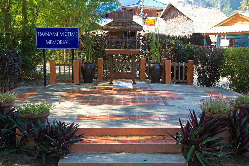 Outrigger Phi Phi Island Resort