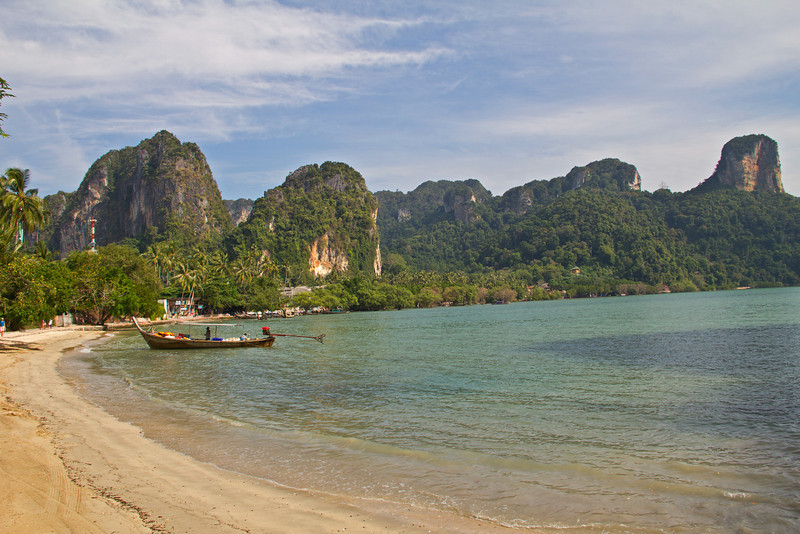 Walk from Railey Beach to Phra Nang Beach, Krabi Thailand