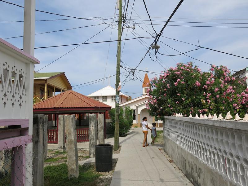 Main Street Utila Cays