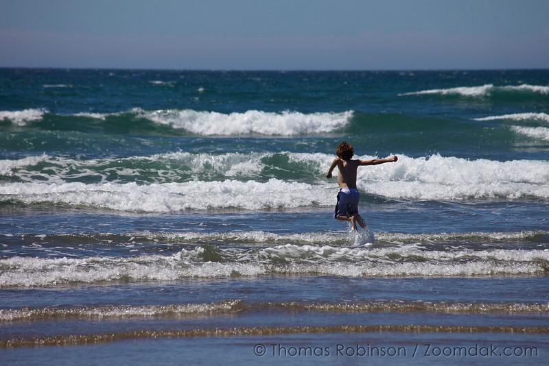 Wave Jumping Kid