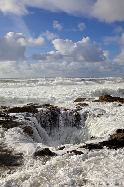 Thor's Well - Vertical