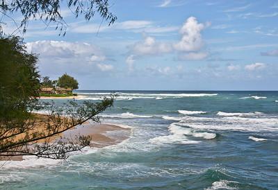 Lumahi Beach, Hanalei Bay, north Kaua'i.