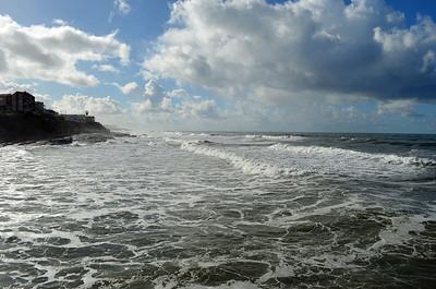 Crashing Waves toward Point Loma