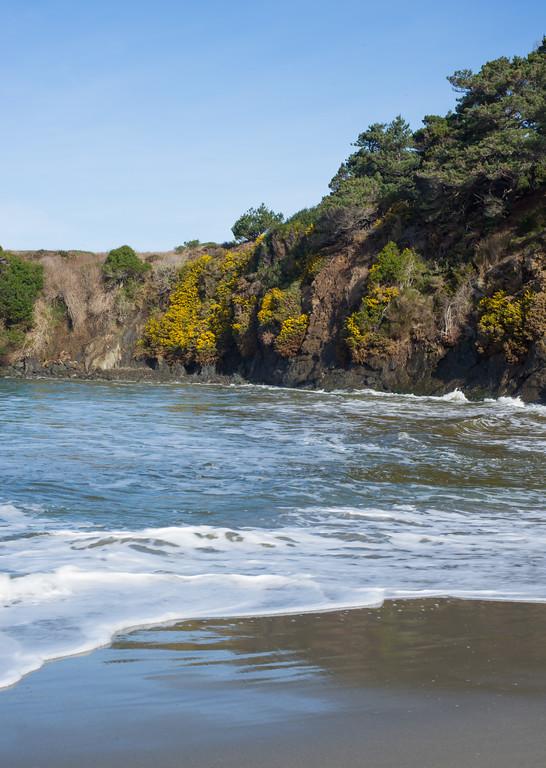 Beach Rock Wall
