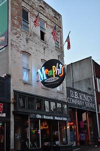 Memphis Sign-BB King's