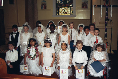 1991 05 178-12 Craigs 1st communion group