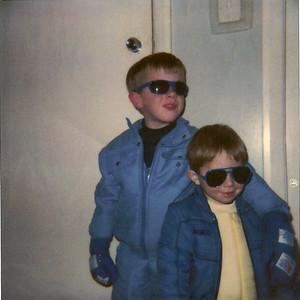 1989 07 Ski bunnies